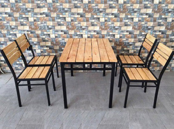 Bàn ghế quán ăn bình dân