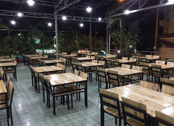 Kích thước bàn ghế quán ăn